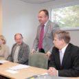 Regionaalminister Siim Kiisler tutvustas eile Saaremaa omavalitsuste liidus (SOL) Saare maavanema kandidaati, praegust Valjala vallavanemat ja SOL-i juhti Kaido Kaasikut, kes suundub uuele ametipostile maakonna kõikide omavalitsuste toetusega.