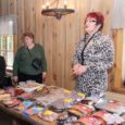 Sel talvehooajal pakub Saaremaa lihatööstus (SLT) uute toodetena kirsimaitselises marinaadis Saaremaa hõrku ahjukarreed, millest on arvata, et sellest kujuneb tõsine konkurent eelmise hooaja tipptootele Peen Saare Siga. Teise uudistootena jõuab turule mustikamaitseline ahjuribi ja kolmandana minivorstikesed.