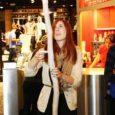 Kuressaarest pärit Kertu Saare leiutatud lamp võitis Tartu tudengite sügispäevadel peaauhinna. Parimat leiutist valisid tudengid tänavu esmakordselt ning tualettpaberirullisüdamikest meisterdatud lamp sai züriilt kõige paremad hinded.