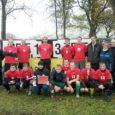 """I Saaremaa Jalgpallisõpruse karika sai oma valdusse Salme 3 : 1 (3 : 0) võiduga Orissaare üle ja tiitel """"2011. a nr 1 jalgpallivõistkond Saaremaal"""" kuulub õigustatult neile."""