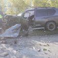 Haiglas paraneva Torgu vallavolikogu esimehe Mihkel Undresti sõnul pääses ta esmaspäeval avariist eluga vaid tänu oma autole. Politsei on juhtunu uurimiseks alustanud väärteomenetlust ning Kuressaare haiglast kinnitati, et kõik kolm avariisse sattunut on endiselt haiglaravil.