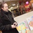 Esmakordselt on Kuressaare Ferrumi kaubamaja teisel korrusel avatud Saaremaa kunstnike tööde näitusmüük, kus on väljas üle 20 kunstniku töid.