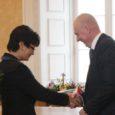 Teisipäeval anti Toompea lossi valges saalis seoses Balti Assamblee 20. aastapäevaga pidulikult üle medalid ja tänukirjad.