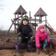 MTÜ Kodukant Vaivere eestvedamisel rajati Kaarma valla Vaivere külaplatsile laste mänguväljak.