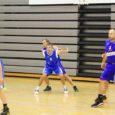 Möödunud laupäeval peeti Kuressaare spordikeskuses taas tuliseid korvpallilahinguid. Kokku osales meeste ja naiste arvestuses 14 võistkonda.
