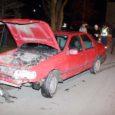 Esmaspäeva õhtul kell 17.50 ei saanud juhtimisõiguseta nooruk Kuressaares Tallinna tänava maja 61 juures oma Ford Sierrat pidama ja sõitis tagant sisse ülekäiguraja ees peatunud sõidukile. Inimesed õnnetuses vigastada ei saanud.