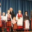 Möödunud pühapäeval sai viiendal, seega juubelihõngulisel maakondlikul rahvamuusikapäeval Valjala rahvamajas kokku üle kuuekümne rahvapillihuvilise ja laulusõbra.