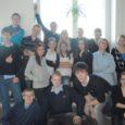 Saaremaalt osaleb Tetra Paki mahlapaki kogumismängus neli kooli: Saaremaa ühisgümnaasium, Kuressaare gümnaasium, Kuressaare täiskasvanute gümnaasium ja Kuressaare vanalinna kool. Võistkondi on kokku viis.