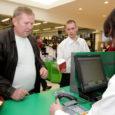 Auriga keskuses tegi eile uksed lahti Eesti ühe suurema koduelektroonikaga kaupleva poeketi OnOff Saaremaa kauplus.