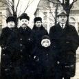 Novembri lõpus ilmusid Saarte Hääles järjejutuna kunagise kriminaalpolitseiniku Jaan Kase mälestused, mis olid esmakordselt ilmunud 1936. aasta jaanuarist aprillini Tallinna ajalehes Rahvaleht. Alljärgnevalt avaldame Hiiumaal Emmaste vallas elava SENDE LIPU meenutusi tema vanatädi Juuli vestetud lugudest. Juuli Kärt (sünd Kask) oli Jaan Kase õde.