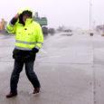 Ilmateenistus andis teisipäevaks ja kolmapäevaks kogu Eestile esimese taseme tormihoiatuse. Ilmateenistuse teatel muudavad keerulised ilmaolud liiklusolud raskeks. Ööl vastu kolmapäeva laienes lume- ja lörtsisadu üle Mandri-Eesti. Kagutuule puhangud ulatuvad 15, […]