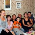 Vastus kõlab: venelane Juri Zabellevitš (62). Saaremaa naljamehe Muigu Mihkli tiitli sai Juri aprillis 2001, kui ta Kuressaares anekdootide vestmise võistluse kinni pani.
