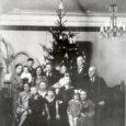 Toome lugejani katkeid Saare maakonna ajalehe numbritest, mis ilmusid jõulude ajal aastal 1939. Aeg oli siis ärev ja seda nii poliitiliselt kui ka ilmastikuolude poolest.