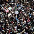 Peagi lahkuv aasta oli edukas protestijatele, halb aga mitmete riikide valitsejatele, keda rahva rahulolematus tabas ootamatult – nii võttis sel nädalal 2011. aasta lühidalt kokku Pariisis ilmuv ingliskeelne ajaleht The International Herald Tribune.