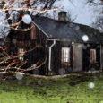 Uusaastaööl ilutulestikuraketiga pihta saanud saun süttis põlema alles paar tundi hiljem. Inimesed tulekahjus vigastada ei saanud.