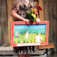 28. detsembril andsid Madli Pesti ja Rait Avestik Eesti teatrikriitikute ühenduse esindajatena Kuressaare Linnateatri juhile ja näitlejale Piret Raugile üle Hea Teatri auhinna. Juba kümnendat aastat välja antava auhinna saab see näitleja või teatrijuht, kes on aastaid suutnud hoida oma tegemistes silmahakkavalt head taset.
