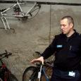 Kuressaare politseijaoskonnas on hoiul 12 leitud asja, millest enamik on jalgrattad, kuid omanikku ootavad ka väärtuslik tööriistakohver, fotoaparaat ja telefon.