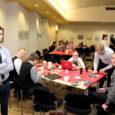 1. detsembril Kuressaare kultuurikeskuses toimunud osaluskohvik üllatas suure osalejaskonnaga nii positiivselt kui ka negatiivselt. Oli ülev tunne näha oma kodulinna noori nii agaralt meid puudutavate probleemide kallal töötamas ja arutamas. Kahjuks läks see vastuollu kogenud pedagoogide tõekspidamistega.