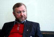 Lahkumine: Admiral Kõuts pettus poliitikas