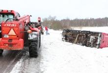 UUS! Saaremaa koolibussiga juhtus õnnelik õnnetus