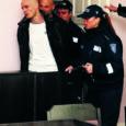 Mõned aastad tagasi Saarlane.ee kommentaariumis roppude sõnadega solvatud kurjategija Aleksandr Jõginõlv ei jätnud jonni ning kaebas portaali haldaja EQ Computeri kohtusse ja nõuab mo-raalse kahju hüvitamist.