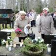 Pühapäeva keskpäeval meenutati Kudjape kalmistul küüditamisohvrite memoriaali juures 63 aasta tagust märtsiküüditamist.