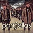 """Kuressaare gümnaasiumi koolisisese lühifilmide festivali tarbeks valminud film """"Portfellas"""" kogub internetiavarustes tuhandeid vaatamisi ja peaasjalikult ülivõrdes kommentaare."""