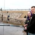 Nasva jõe kevadine tipphetk – särjepüük – on kätte jõudnud. Jõekaldal võib iga päevaga näha aina rohkem õngemehi.