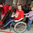 """Teisipäevast neljapäevani oli Kanal 2 ühe vaadatuma saate """"Kodutunne"""" meeskond külas Saaremaal Pihtla vallas Haeska külas Kalvi Selbergi peres. Kalviga juhtus kaheksa aastat tagasi autoavarii, mis viis ta ratastooli."""