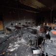 Aste põhikoolis pühapäeva hommikul arvutist alguse saanud tulekahju tõttu hävis täielikult kaks õppe-klassi, koolimaja sai rohkesti vee- ja tahmakahjustusi. Inimesi põlengu ajal majas ei olnud.