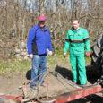 Sarnaselt Mandri-Eestile algas Saaremaal külvitöö sel kevadel tavapärasest pisut hiljem, sest aprillivihm ei lasknud põldudel kuivada.