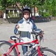 Sügisest kevadeni Kuressaare õpilasi jalgrattureiks koolitanud Kuressaare noorte huvikeskuse töötajad andsid ratturiloa kätte ligi 150 lapsele.