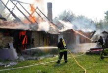 Vana talumaja põles maha