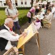 """Laupäeval peeti pidulikult Saaremaa kunstistuudio 20. sünnipäeva. Kogu pere kunstipäeva tähistati nii kunstistuudio ruumes kui ka õues. Tegevust jätkus kõigile, suurtest kõige pisemateni. Kunstistuudios oli võimalik vaadata näitust """"Puhkemine"""", st […]"""