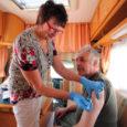 """11. aprillist on mööda Eestit sõitnud puugibuss, mis võimaldab soovijatel ennast oma kodukohas puukentsefaliidi vastu vaktsineerida. Üleeilsest tänaseni on buss taas Saaremaal. """"Oleme teinud Eestis alates aprillist umbes 3000 puukentsefaliidi […]"""