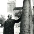 See oli ülikooli ajal 1970. aastate alguses, kui pildil olev noormees, praegune Saaremaa muuseumi teadusdirektor Olavi Pesti paljudele üllatuseks otsustas oma imagot sajaprotsendiliselt muuta ja pea paljaks ajada. Säärase radikaalse […]