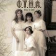 """Oli ootuspärane, et Vene keisri Nikolai II tütred Olga, Tatjana, Maria ja Anastassia jõuavad oma eluga teatripubliku juurde, teadvusse. Jah, Kate Moira Ryan on selle jäädvustanud näidendis """"Nikolai II tütred"""" […]"""