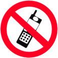 """Hommikuti on inimestel pea võimatu Kuressaare perearstikeskusega telefoni teel ühendust saada, kuna liin on hõivatud ja järjekindel helistaja kuuleb vastuseks, et number pole kasutusel. """"Proovisin eile kuus korda helistada ja […]"""