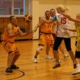 Koolivaheaja lõpus peeti Kuressaare spordikeskuses maha Eesti koolispordi liidu egiidi all toimunud õpetajate korvpalliturniir. Osa võtsid 15 kooli võistkonnad üle Eesti. Mängiti kahes liigas, saarlased olid II liigas esindatud Saaremaa […]