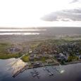 Juba kaheksa aastat on vähem või rohkem kõne all olnud Kuressaare linna servas asuva kauni mereäärse piirkonna arendus. Neljapäeval kinnitas Kuressaare linnavolikogu Lootsi tänava piirkonna detailplaneeringu. Kuressaare linnavolikogu istungil tehti […]