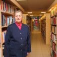 """2012. aasta parimaks maaraamatukoguhoidjaks Saare maakonnas valisid kolleegid maaraamatukogudest ja Kuressaares asuvast keskkogust Kaarma raamatukogu juhataja Lembi Metsa. """"Täiesti šokk oli, """" ütles 47 aastat Kaarma raamatukogus töötanud Mets, kui […]"""