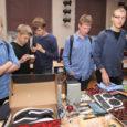 Eilne Saaremaa ühisgümnaasiumi kirbuturg läks igati korda. Vahetundide ajal müüsid õpilased küpsetisi, sh piparkooke, maiustusi, omavalmistatud ehteid, arvutividinaid, filme, raamatuid, koolivormi, jalanõusid, mänge jpm. Samuti otsiti omanikku asjadele, mis aastate […]