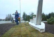 Salme muinaslaev sai betoonist mälestusmärgi