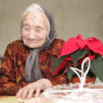 Saare maakonnas elab kaks ääretult väärikas eas vanaprouat, kel ära nähtud juba 103 aastat. Esimene neist, Maria Aavik (fotol) Mäekülast saab 103-aastaseks täna, Ida Truuvert Kuressaarest jõuab oma vanusega järele […]