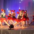 """Laupäeval sagis Kuressaare kultuurikeskuses tohutu hulk ingleid ja päkapikke – kõigil oma roll võimlemisklubi Gymnastica etenduses """"Jõulusoovid"""". Erinevalt Gymnastica varasemaist jõuluetendusist täitsid seekord päkapikkude rolli treenerid ja lapsevanemad, lapsed olid […]"""