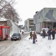 Veok sõitis jalakäijale otsa 11. detsembril kella 8 paiku juhtus liiklusõnnetus Leisi vallas Upa–Leisi maanteel Karja küla bussipeatuse juures. Bussipeatuses astus sõiduteele 53-aastane naine, kellele sõitis otsa teisest autost möödasõitu […]
