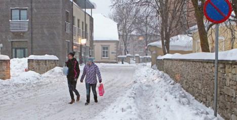 Lapsevanem: Rootsi tänava lõik on eluohtlik
