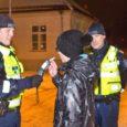 2012. aasta viimasel pühapäeval, 30. detsembril kutsuti Saarte Hääle ajakirjanik koos fotograafiga kaasa politsei jalgsipatrulli, et tutvustada lehelugejatele politseitöö argipäeva. Tegemist ei olnud siiski igapäevaselt Kuressaare tänavaid sammudega mõõtvate tavapolitseinikega, […]