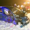 8. veebruari õhtul kell 18.45 juhtus avarii Kaarma vallas Praakli külas Kuressaarest umbes üks kilomeeter Pihtla poole, kus kokku põrkas kaks sõiduautot. Sõiduauto Mitsubishi i-Miev, mida juhtis 50-aastane Aina, kaotas […]