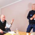 Eile vallavolikogu ees esinenud politsei piirkonnavanema Aare Alliku meelest on Pihtla vallas turvaline elada. Kuigi eelmise aasta statistika näitas kuritegude osas hüppelist kasvu, on arvud Alliku sõnul küll suured (12 […]